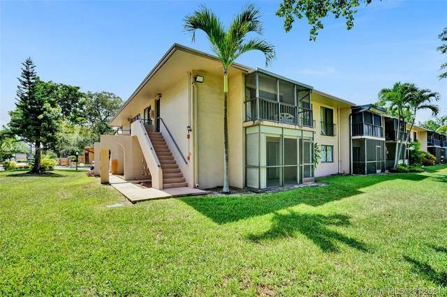 5779 Washington St O2, Hollywood, FL 33023 (MLS #A10885441) :: Carole Smith Real Estate Team