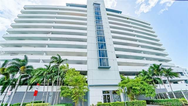 36 NW 6th Ave #1105, Miami, FL 33128 (MLS #A10900222) :: Castelli Real Estate Services