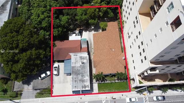1334 SW 1st St, Miami, FL 33135 (MLS #A10902245) :: The Riley Smith Group