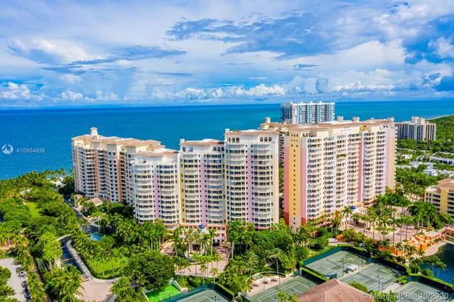 791 Crandon Blvd #302, Key Biscayne, FL 33149 (MLS #A10904928) :: ONE Sotheby's International Realty