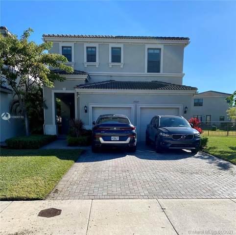 19269 NE 8th Ct, Miami, FL 33179 (MLS #A10906110) :: The Jack Coden Group