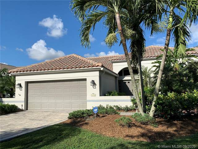 3250 Old Hickory Ct, Davie, FL 33328 (MLS #A10908276) :: Patty Accorto Team