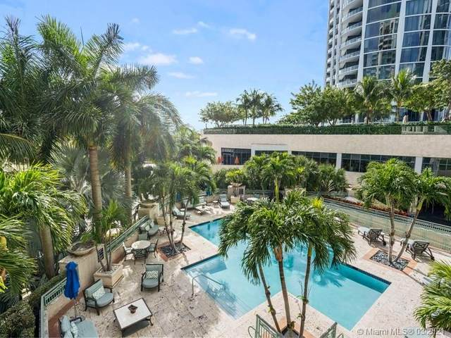 3400 SW 27th Ave #302, Coconut Grove, FL 33133 (MLS #A10917522) :: The Riley Smith Group