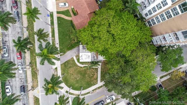 1000 NW 11th Ct, Miami, FL 33136 (MLS #A10917957) :: Equity Advisor Team