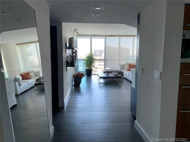 1331 Brickell Bay Dr #1408, Miami, FL 33131 (MLS #A10920760) :: Green Realty Properties