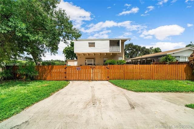 6213 Hayes St, Hollywood, FL 33024 (MLS #A10921869) :: THE BANNON GROUP at RE/MAX CONSULTANTS REALTY I