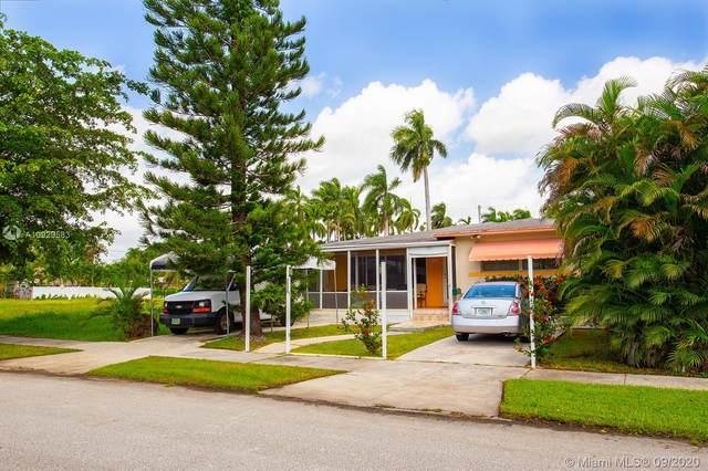 1335 Jackson St, Hollywood, FL 33019 (MLS #A10929583) :: Berkshire Hathaway HomeServices EWM Realty