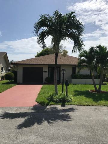 2042 SW 17th Cir, Deerfield Beach, FL 33442 (MLS #A10932261) :: THE BANNON GROUP at RE/MAX CONSULTANTS REALTY I