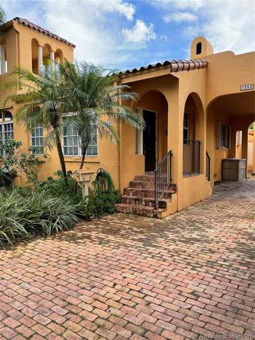 1252 Venetia Ave, Coral Gables, FL 33134 (MLS #A10948045) :: The Jack Coden Group