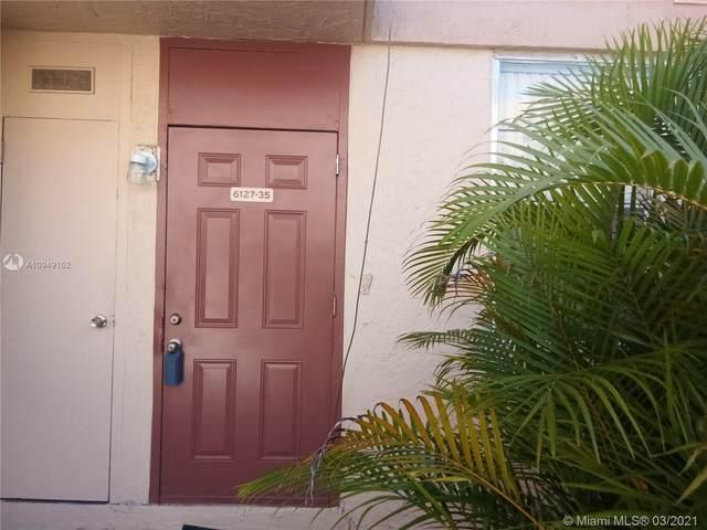 6127 SW 69th St #35, South Miami, FL 33143 (MLS #A10949162) :: Carlos + Ellen