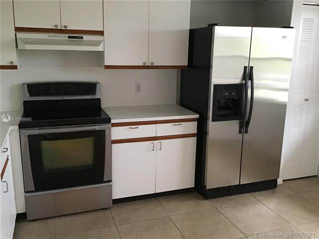 300 SW 130th Ter 306B, Pembroke Pines, FL 33027 (MLS #A10950680) :: Podium Realty Group Inc