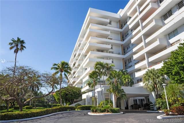 155 Ocean Lane Dr #210, Key Biscayne, FL 33149 (MLS #A10964528) :: Green Realty Properties