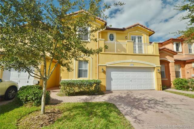 8394 NW 113th Path #8394, Doral, FL 33178 (MLS #A10966927) :: The Howland Group