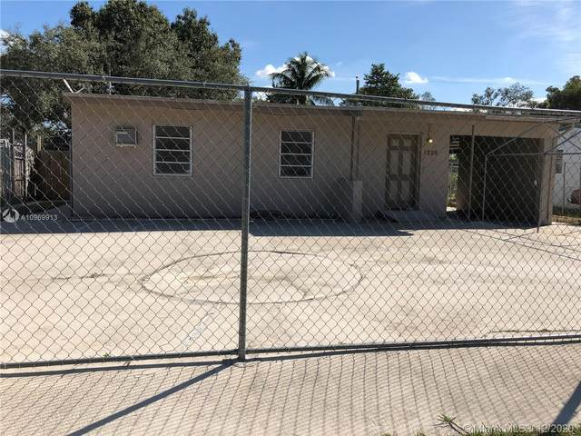 1298 NW 13th Ct, Fort Lauderdale, FL 33311 (MLS #A10969913) :: THE BANNON GROUP at RE/MAX CONSULTANTS REALTY I