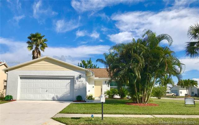 143 Banyan Cir, Jupiter, FL 33458 (MLS #A10970500) :: Castelli Real Estate Services