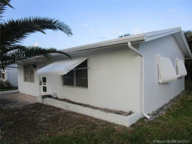 2570 E Golf Blvd, Pompano Beach, FL 33064 (#A10972578) :: Posh Properties