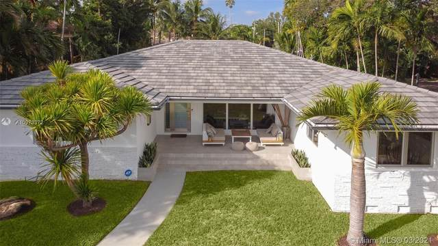 9650 N Bayshore Dr, Miami Shores, FL 33138 (MLS #A10973372) :: The Riley Smith Group