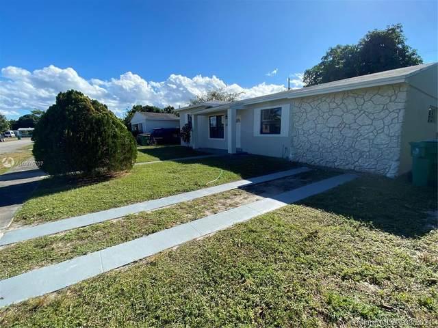 870 NE 178 TE, North Miami Beach, FL 33162 (MLS #A10975707) :: The Jack Coden Group