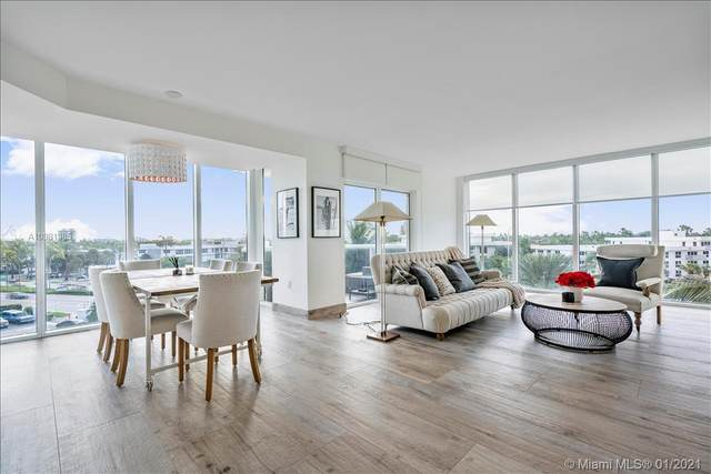 10275 Collins Ave #322, Bal Harbour, FL 33154 (MLS #A10981385) :: KBiscayne Realty