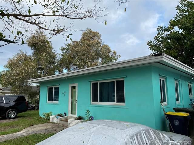 526 NW 7th St, Dania Beach, FL 33004 (MLS #A10983601) :: Prestige Realty Group