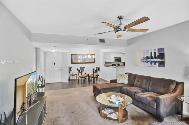 520 SE 5th Ave #2206, Fort Lauderdale, FL 33301 (MLS #A10984120) :: The Rose Harris Group