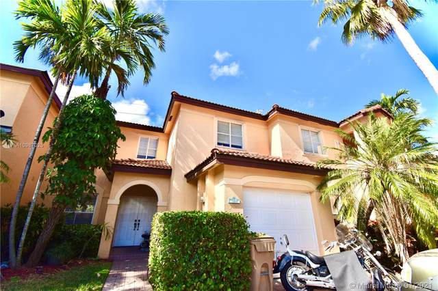 181 W Forest Oak Cir, Davie, FL 33325 (MLS #A10987025) :: Equity Advisor Team
