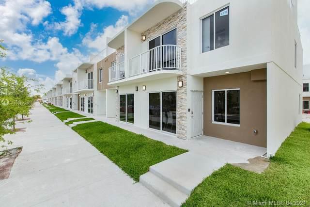 25886 SW 139th Path, Miami, FL 33032 (MLS #A10987218) :: The Rose Harris Group