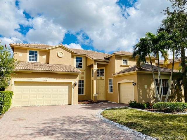 3846 W Gardenia Ave, Weston, FL 33332 (MLS #A10995104) :: Re/Max PowerPro Realty