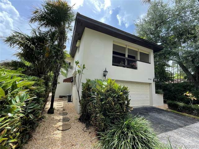 6245 Maynada St, Coral Gables, FL 33146 (MLS #A10995570) :: Douglas Elliman