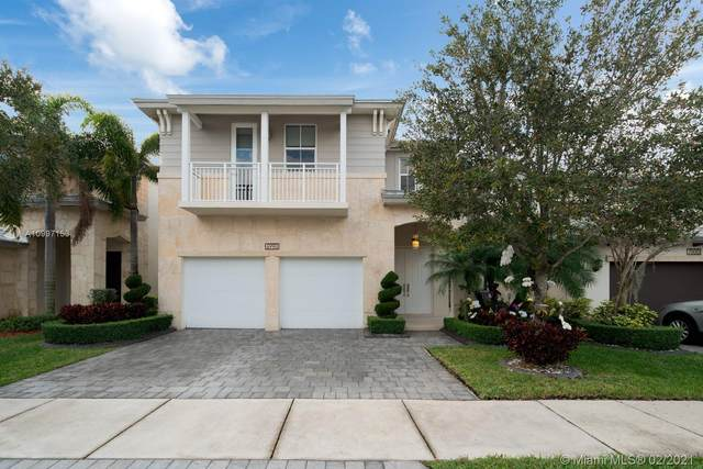 6990 NW 104th Ct, Doral, FL 33178 (MLS #A10997153) :: The Jack Coden Group