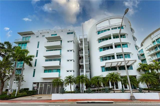 6580 Indian Creek Dr #303, Miami Beach, FL 33141 (MLS #A10997361) :: KBiscayne Realty