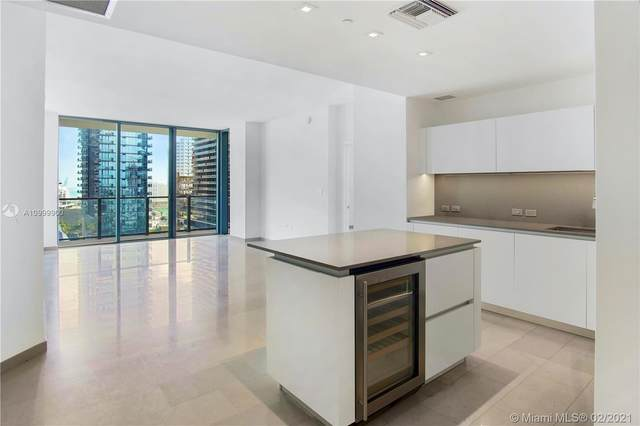 88 SW 7th St #1205, Miami, FL 33130 (MLS #A10999900) :: KBiscayne Realty