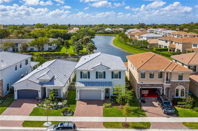 3854 NW 89th Way, Coral Springs, FL 33065 (MLS #A11000242) :: Team Citron