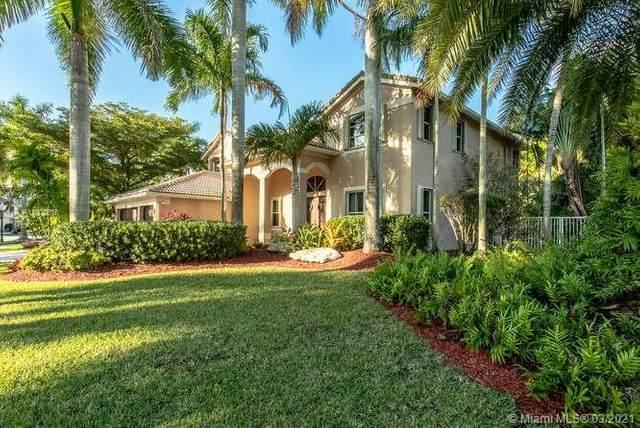 851 Marina Dr, Weston, FL 33327 (MLS #A11002616) :: The Riley Smith Group