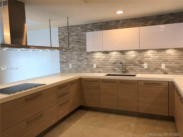 17301 Biscayne Blvd #903, North Miami Beach, FL 33160 (MLS #A11007129) :: Castelli Real Estate Services