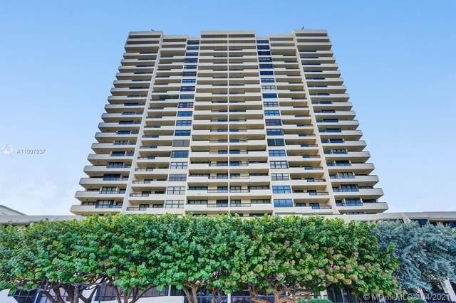 2555 Collins Ave Ph210, Miami Beach, FL 33140 (MLS #A11007937) :: Equity Advisor Team