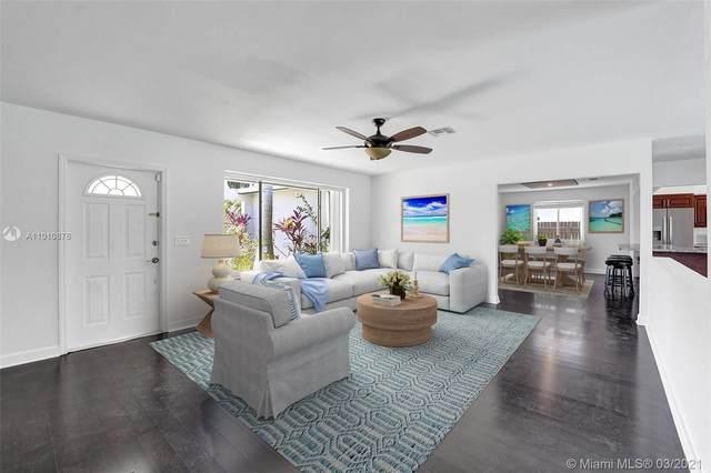 1243 Garfield St, Hollywood, FL 33019 (MLS #A11010876) :: Prestige Realty Group