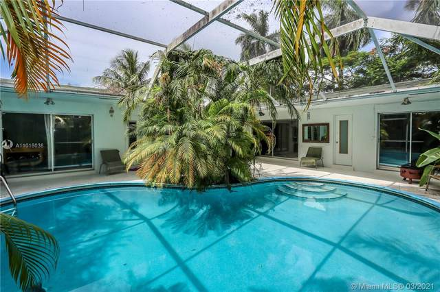 1124 N 13th Ave, Hollywood, FL 33019 (MLS #A11016036) :: The Rose Harris Group