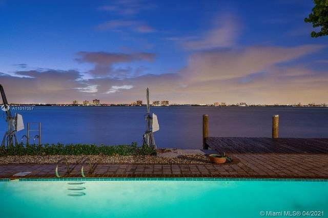 925 N Shore Dr, Miami Beach, FL 33141 (MLS #A11017057) :: The Teri Arbogast Team at Keller Williams Partners SW