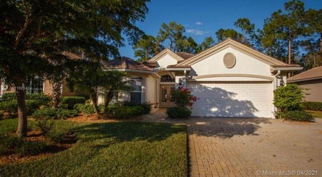 2933 Lone Pine Ln, Naples, FL 34119 (MLS #A11021424) :: The Jack Coden Group