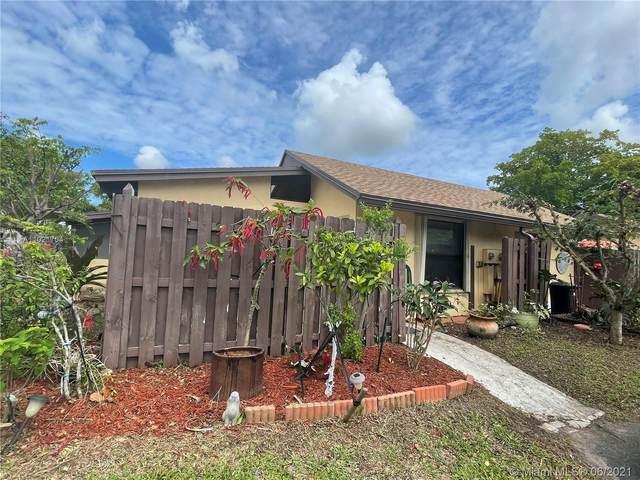 101 Essex Rd 1-22, Hollywood, FL 33024 (MLS #A11021704) :: Castelli Real Estate Services