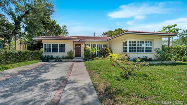 10290 NE 2nd Ave, Miami Shores, FL 33138 (MLS #A11023026) :: The Jack Coden Group