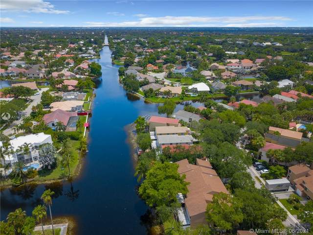 9885 Fairway Cove Ln #9885, Plantation, FL 33324 (MLS #A11026535) :: Onepath Realty - The Luis Andrew Group