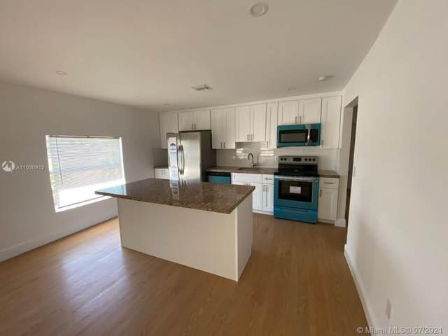 1129 21st St, West Palm Beach, FL 33407 (MLS #A11030913) :: Castelli Real Estate Services