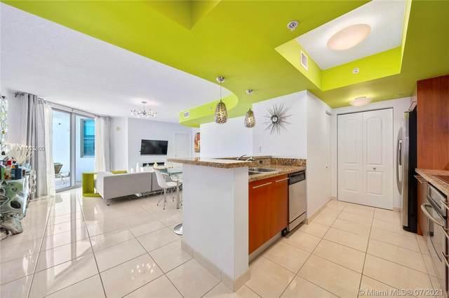 110 Washington Ave #1620, Miami Beach, FL 33139 (MLS #A11032800) :: Castelli Real Estate Services