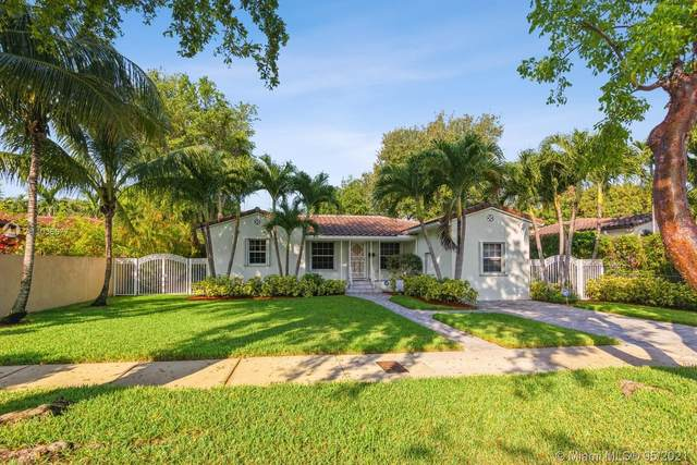 720 SW 27th Rd, Miami, FL 33129 (MLS #A11036677) :: The Rose Harris Group