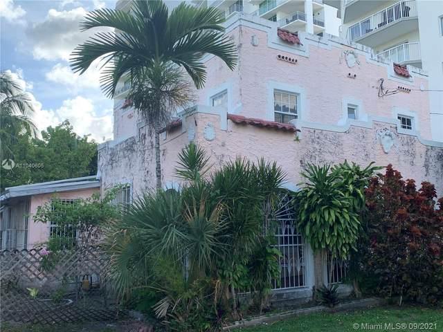 252 SW 20th Rd, Miami, FL 33129 (#A11040605) :: Posh Properties