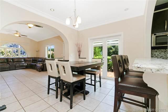 1255 Lenox Ave, Miami Beach, FL 33139 (MLS #A11041154) :: Castelli Real Estate Services