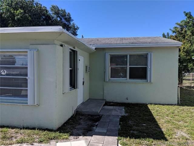 326 SW 14th St, Dania Beach, FL 33004 (MLS #A11046557) :: The Teri Arbogast Team at Keller Williams Partners SW