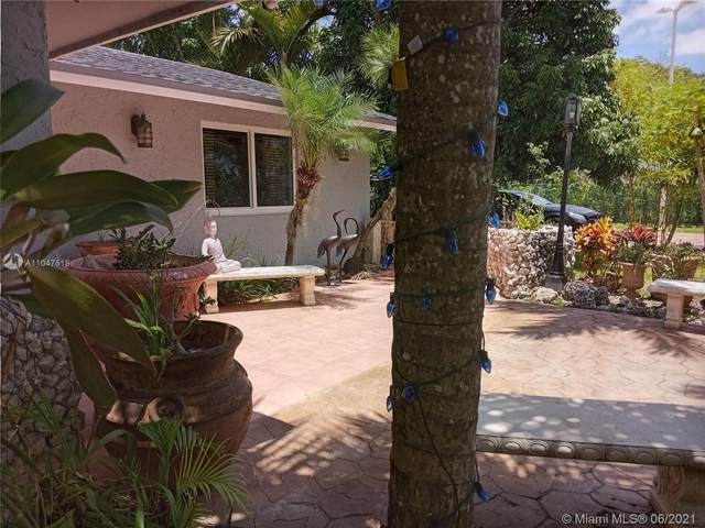 19465 SW 336th St, Homestead, FL 33034 (MLS #A11047519) :: Rivas Vargas Group